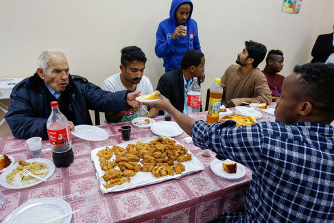 A communal meal in Satriano Mediaglob picture
