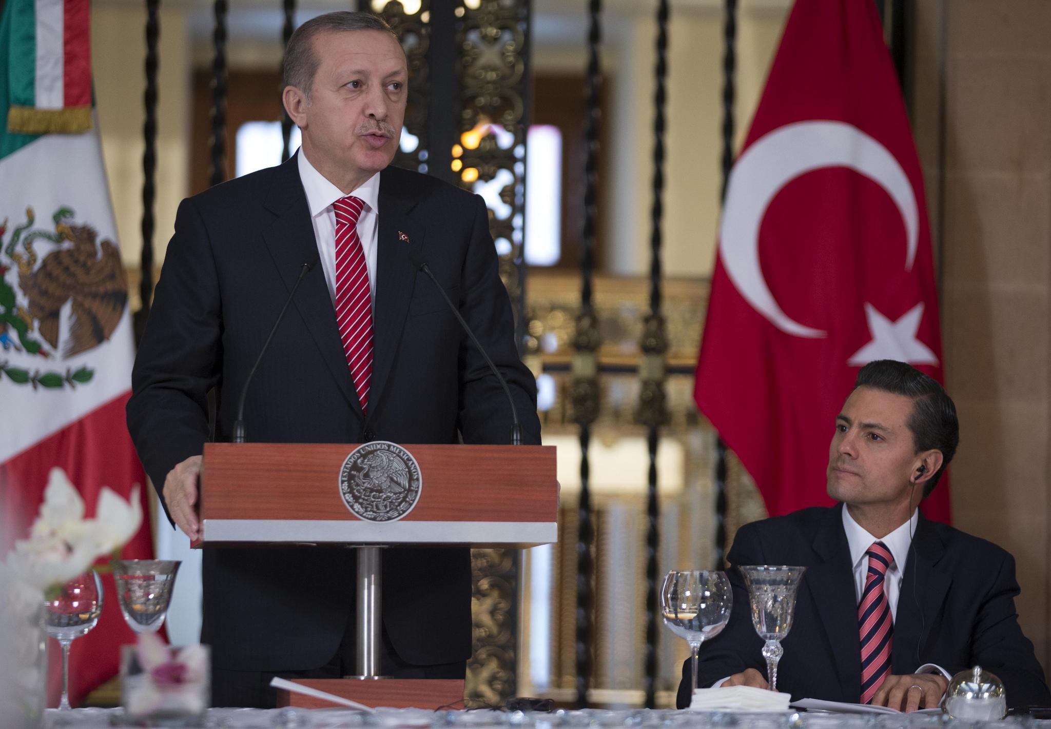 Turkish President Erdogan meeting with Mexican President Enrique Peña Nieto. Photo courtesy of Flickr.