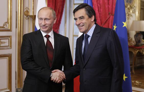 putin-fillon-handshake-politics