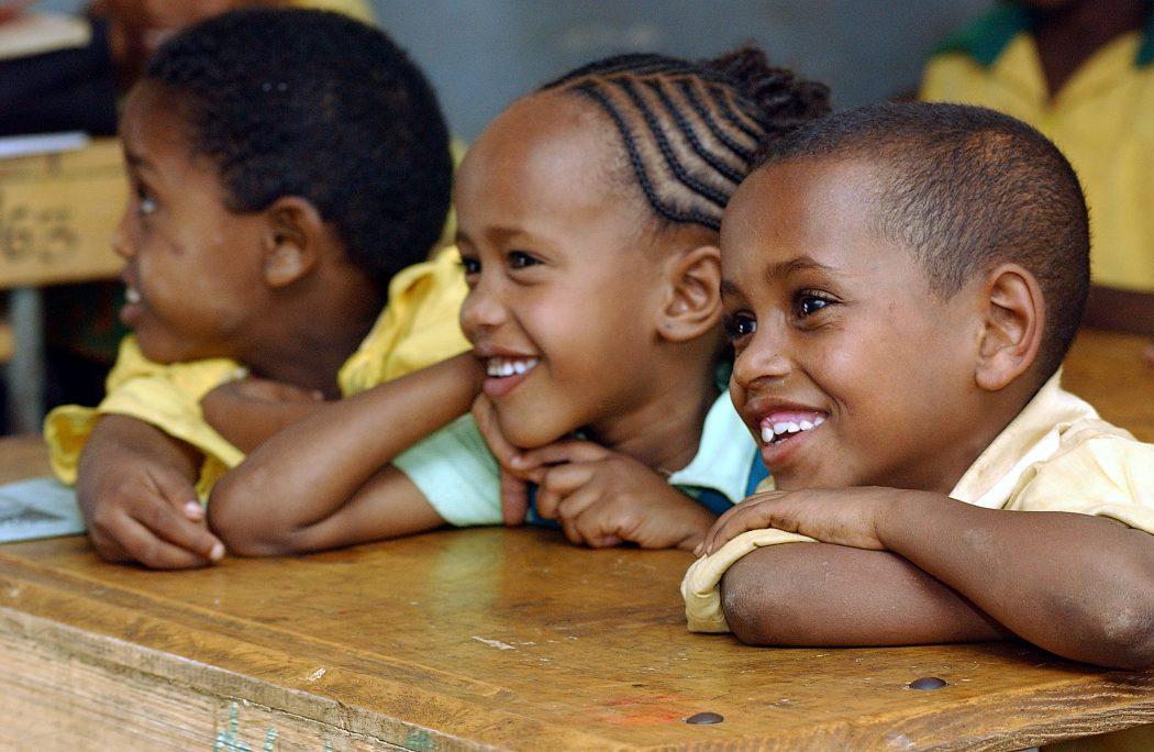 MALAWI-SCHOOL-CHILDREN