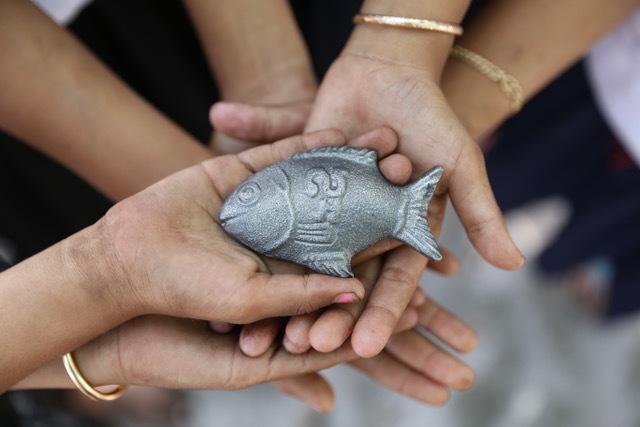 Lucky Iron Fish (4)