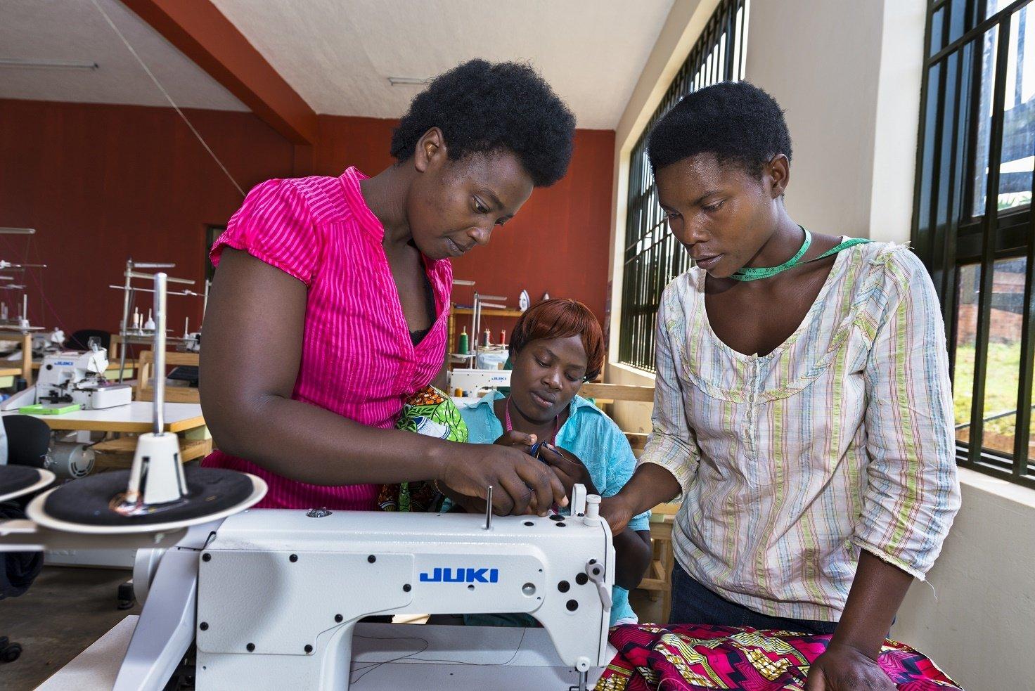 Sewing class WfWI Rwanda credit Alison Wright