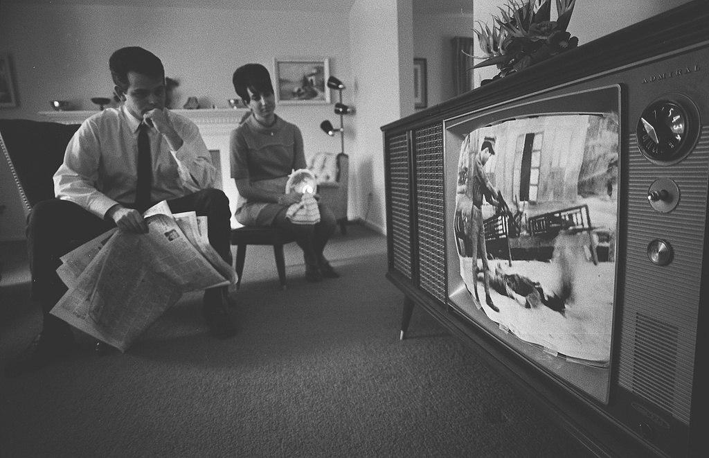 1024px-Vietnam_War_on_television