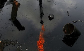 Oil spills: A Double-Standard World