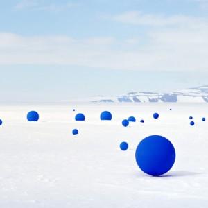 Blue snow Snow impakter.com