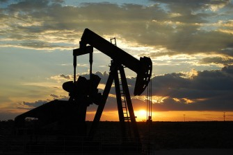 Drowning in Oil: Four Countries Suffering from Low Oil Prices