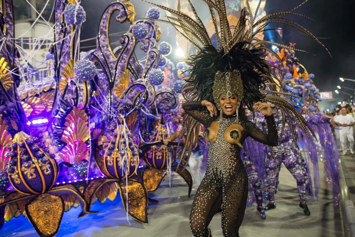 Brazil Carnival 2019: Inspirational colourful costumes, in ...  |Brazilian Carnival Ladies