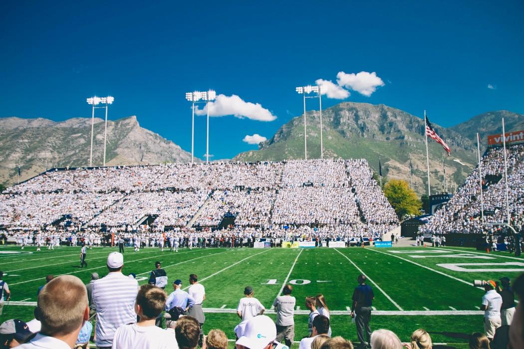 people-field-crowd-sport