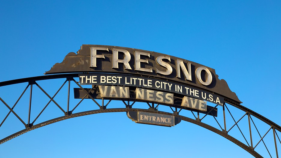 Fresno-california-sign-van-ness-avenue