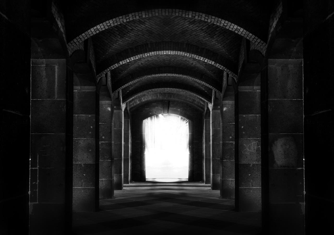impakter-archway-stone