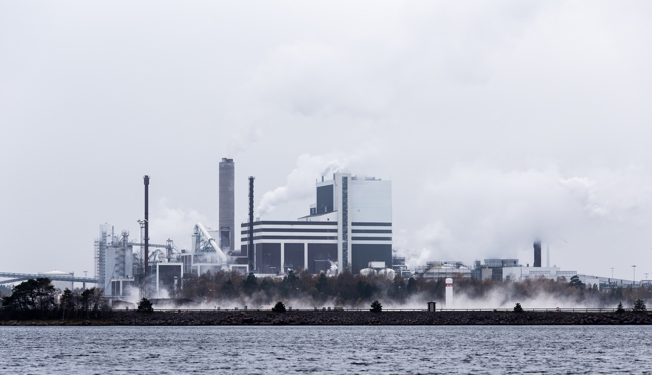 water-pollution-environmental-degredation-stool-work-llife