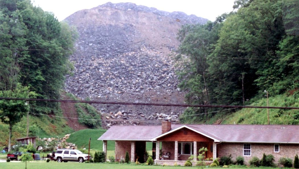 Coal Mountain top removal 1200px-Martin_County_home